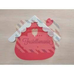 Fustella Casetta con cuore tetto smerlato