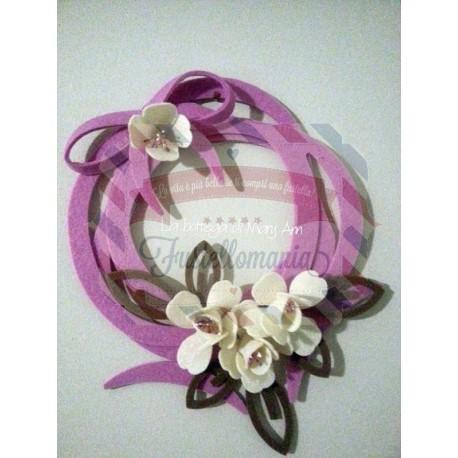 Fustella A4 Ghirlanda con fiore e foglia