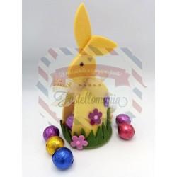 Fustella XL Coniglio porta ovetti con erba e fiore