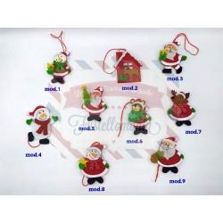 Decorazioni natalizie in panno da appendere modello a scelta